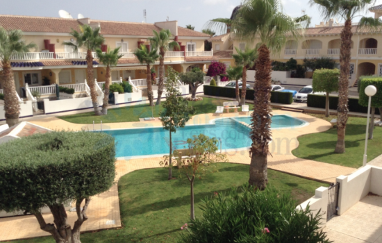 Long Term Rental of a large 2 bed and 2 bath apartment in Quesada for only 530€ a month.