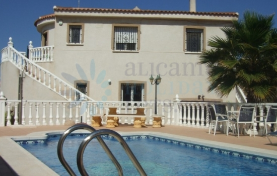 AMAZING VILLA FOR A GREAT PRICE !!!!!