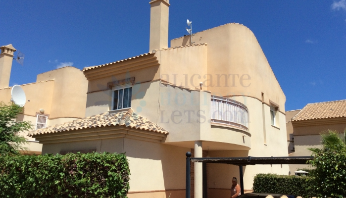 Property for rent with Alicante Holiday lets, Outside view