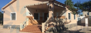 Chalet - For Sale - Alicante - La Marina