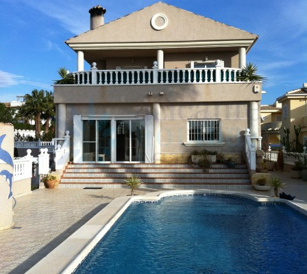 For Sale - villa - Ciudad Quesada